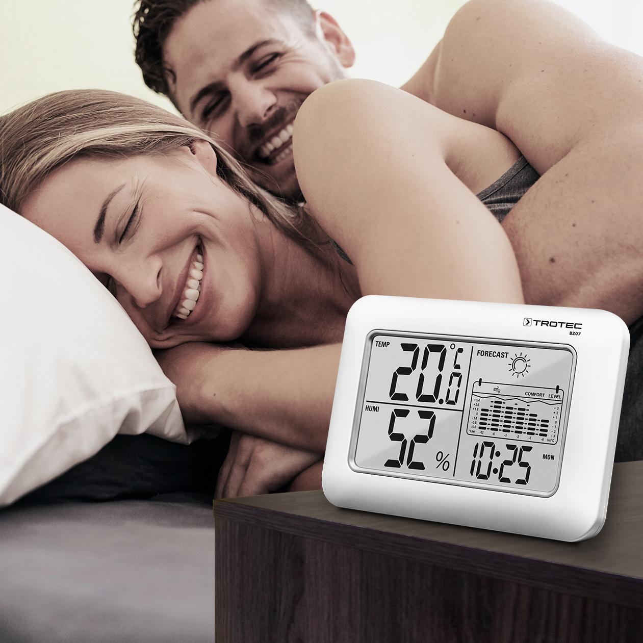 BZ07 - будильник с кнопкой повтора